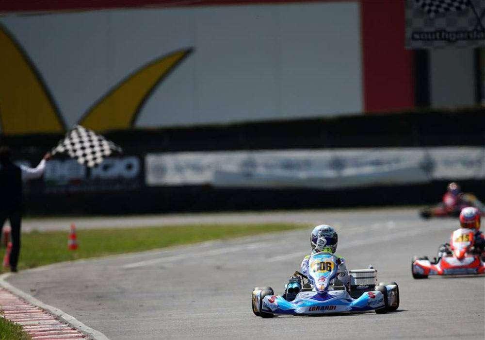 Team-Baby-Race3